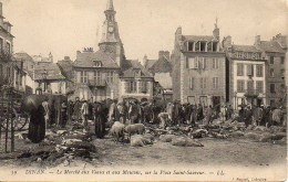 22 DINAN  Marché Aux Veaux Et Aux Moutons  , Sur La Place Saint-Sauveur - Dinan