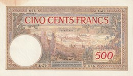 Billet 500 Francs Maroc Du 10 11 1945 Ayant Plusieurs Infime Plis Une Tache Viisble Pas De Trous RRR - Maroc