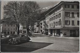 Faido - Piazza Stefano Franscini - Hotelm Ristorante, Oldtimer - Photo: W. Borelli - TI Tessin