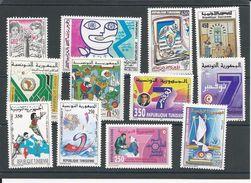 TUNISIE Timbres NEUFS SANS Charnière Voir Détail  (12) **  Cote 16,50$ - Tunisie (1956-...)
