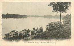 TONKIN     SONTAY     BORDS DU FLEUVE ROUGE - Viêt-Nam