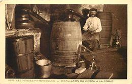 - Themes Div -ref U455- Les Vosges Pittoresques - Distillerie -distillation Du Kirch A La Ferme -theme Distilleries  - - Unclassified