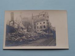 Na De BOMBARDEMENTEN Uitgebrande Huizen / Vernielde Woningen Etc........( Lotje Van 9 Stuks / Zie Foto's Voor Detail ) ! - Guerre, Militaire