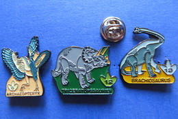 3 Pin's, Dinosaure, Saurier, Archaeopteryx,Triceratopssaurier, Brachosaurus - Animals