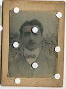 Jeune Homme Portrait Id Léon Rogniat Flou Etrange Fashion Faux Col Montant Lagerfeld Proust Gay Interest Romantique - Personnes Anonymes
