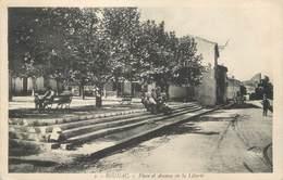 """CPA FRANCE 13 """" Rognac, Place Et Avenue De La Liberté"""" - France"""