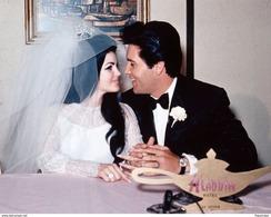 Photo - Elvis Presley Se Marie Avec Priscilla - Reproductions