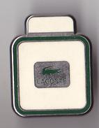 PIN'S THEME PARFUM  LACOSTE  LOGO   CROCODILE - Perfume