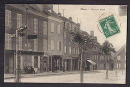 CPA 38 - MENS - Place Du Breuil - TB PLAN CENTRE VILLAGE Devantures Plusieurs Magasins + Animation + Café - Mens