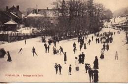 25 PONTARLIER  Patinage Dur Le Doubs - Pontarlier