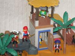 Playmobil L'ile Aux Pirates  + Viking - Playmobil