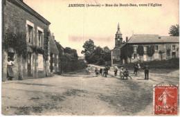 JANDUN ... RUE DU BOUT BAS VERS L EGLISE - Francia