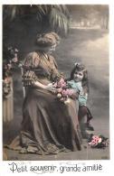 [DC11160] CPA - DONNA CON BAMBINA E FIORI - Viaggiata - Old Postcard - Cartoline