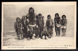 USA - ALASKA - Aux Glaces Polaires - Le Frère Girard Et Ses Esquimaux De La Mission Chesterfield - Etats-Unis