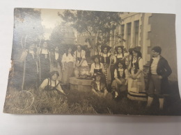 CARTE PHOTO Ancienne GROUPE FEMMES EN ALSACE CPA Animee Postcard - To Identify