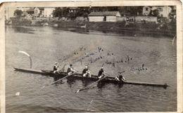 - Photo -Equipage De BERGERAC . Dordogne .1946 .Gagnant D'une épreuve à LIMOGES . - Aviron