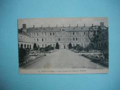 LUCON  -  85  -  Cour D'honneur Du Collège De Richelieu  -  VENDEE - Lucon