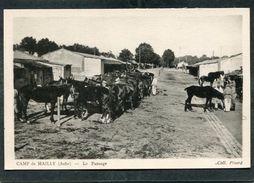 CPA - CAMP De MAILLY - Le Pansage, Animé - Casernes