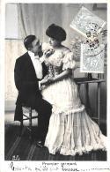 [DC11173] CPA - COPPIA ELEGANTE - Viaggiata - Old Postcard - Coppie
