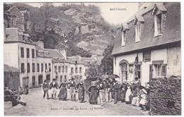 CPA Bretagne Folklore - Journée De Noce - La Danse - Danses