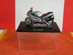 MOTO 1/24 > MZ 1000S (sous Vitrine) - Motos