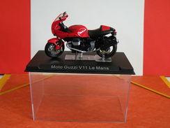 MOTO 1/24 > Moto Guzzi V11 Le Mans (sous Vitrine) - Motos