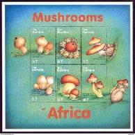 MINT NEVER HINGED MINI SHEET OF MUSHROOMS  #   073-4   (  GAMBIA  2242* - Paddestoelen