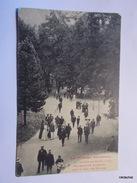AULUS LES BAINS-Promenade De Baigneurs Dans Le Parc Des Thermes - France