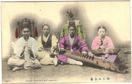 Carte Postale Ancienne De COREE-COREAN MUSICIANS IN A CONCERT - Corée Du Nord