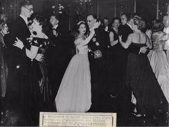 FAMILLE ROYALE ANGLAISE / MARGARET AU BAL DU CERCLE INTERALLIE  / PHOTO VERITABLE KEYSTONE ANNEES 40.50 - Famous People