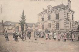 BERNON - L'ECOLE ET LA MAIRIE - BELLE CARTE - COLORISEE - TRES TRES ANIMEE - 2 SCANNS -  TOP !!! - Autres Communes