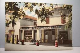 SAINT  MAIME   --- Le Bar Tabacs Du Relais   - ( Pompes à Essence  Shell ) -  ( Pas De Reflet Sur L'original ) - France