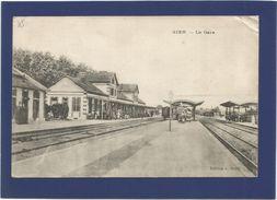 45 GIEN / La Gare Intérieure. - Gien