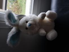 Lapin En Peluche Bleu  Et Blanc - Cuddly Toys