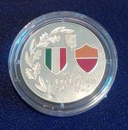 MEDAGLIA PROOF - ROMA CAMPIONE D'ITALIA 1941- 1942- SMALTO E  ARGENTO 925/1000 - GR. 17 DIAMETRO 35mm - PRIVATA - RARA - Italia