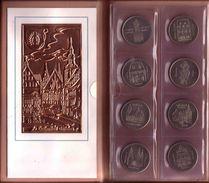 72d * MARTIN LUTHER EHRUNG 1983 DER DDR * 8 MEDAILLEN * SELTEN  **!! - Pièces écrasées (Elongated Coins)