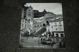662- Amalfi, Plaza Della Cattedrale - Kerken En Kloosters