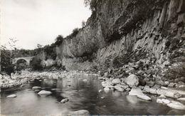 - 07 - JAUJAC (Ardèche) - Les Coulées Basaltiques Et Le Pont De L'Echelette. - - France