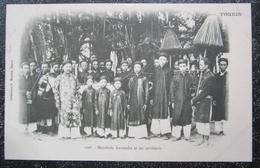 Indochine Mandarin Annamite Et Ses Serviteurs  Tonkin Cpa Moreau - Vietnam