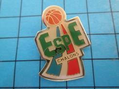 Pin513e Pin's Pins / Rare Et De Belle Qualité !! SPORTS / BASKET-BALL ESPE CHALONS - Pallacanestro
