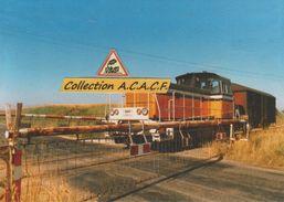 Locotracteur Y 8217 Et Train De Desserte, à Yèvre-la-Ville (45) - - Trains