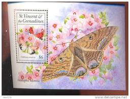 ST.VINCENT  1865  MINT NEVER HINGED SOUVENIR SHEET OF BUTTERFLIES - Papillons