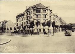 LORIENT MODERNE -- Le Quartier De La Place Aristide Briand Et Ses Nouveaux Immeubles - (alga  790)  Neuve - Lorient