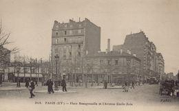 PARIS 15EME - Place Beaugrenelle Et L'Avenue Emile-Zola - Arrondissement: 15