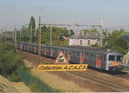 Automotrices Z 5300 Transilien (train Paris-Rambouillet), Au Perray-en-Yvelines (78) - - Le Perray En Yvelines