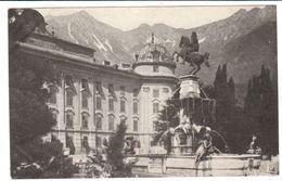 POSTAL    INNSBRUCK  - AUSTRIA - HOFBURG MIT LEOPOLDSBRUNNEN GEGEN NORDKETTE - Innsbruck