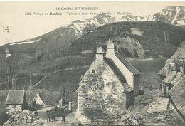 15 Village De Rudez    Vieilllesvoitures Animée Terminus De La Route D'aurillac A Mandailles - Other Municipalities