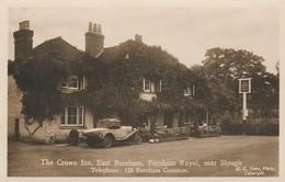 EAST BURNAM - The Crown Inn , Farnham  Royal , Near Slough   ( Belle Voiture Ancienne ) - England