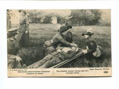 CP - Les Dames Ambulancières Anglaises Soignant Un Blessé - Croix-Rouge