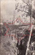CP Photo Aout 1916 GOMMECOURT (près Bucquoy) - Une Tranchée Allemande Devant L'église (A183, Ww1, Wk 1) - Andere Gemeenten